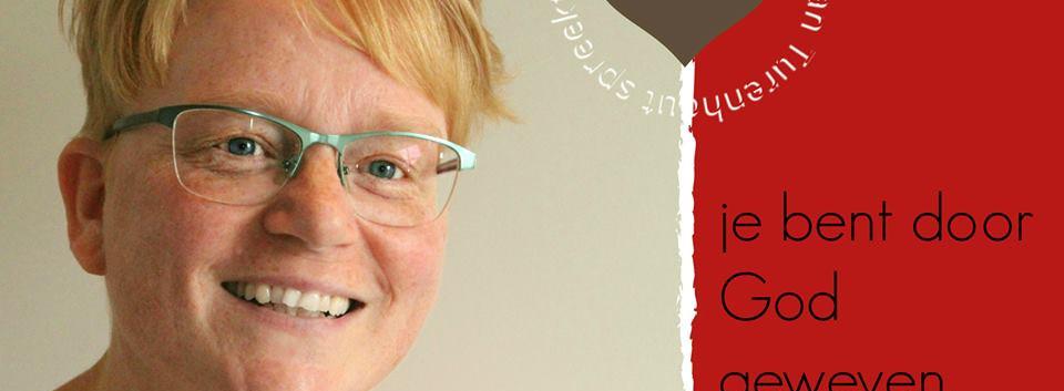 Simone van Turenhout