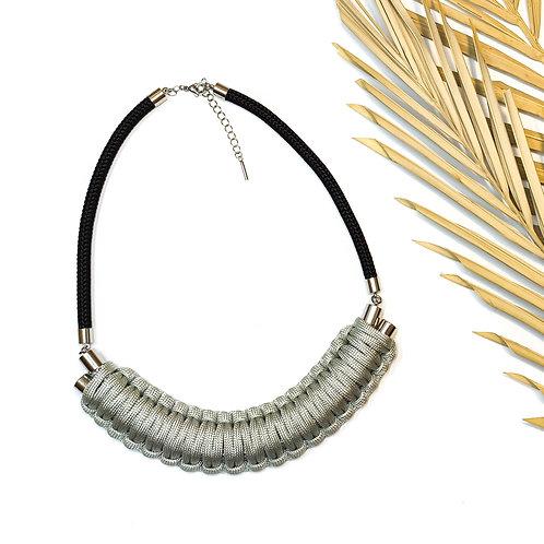 Kaya nyaklánc - ezüstszürke