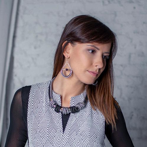 Delia fülbevaló - fekete/fehér csíkos