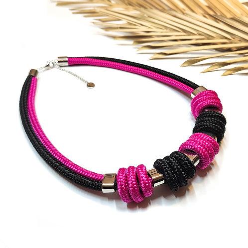 Enola kötél nyaklánc - fukszia/ fekete