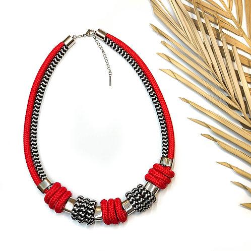 Enola kötél nyaklánc - piros/ chevron