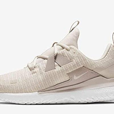 Nike Arena RT