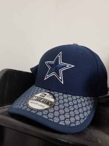 68b56a32ff8d32 Dallas Cowboys on field 17 3930