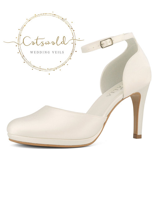 Beautiful Bridal Shoes, Ivory Satin Brides Shoes, Ankle Strap, High Heel, Classi