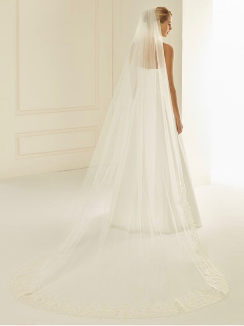 """Cut Edge - Soft Tulle Lace Veil 110"""" with Lace Detail & Diamond Tulle"""