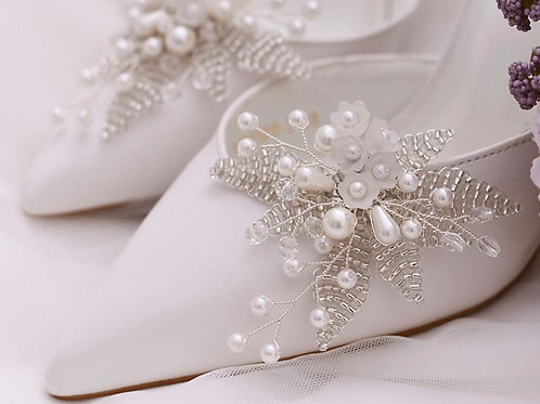 Beautiful Silver Leaf, Flower & Pearl Bridal Shoe Clips, Shoe Brooches
