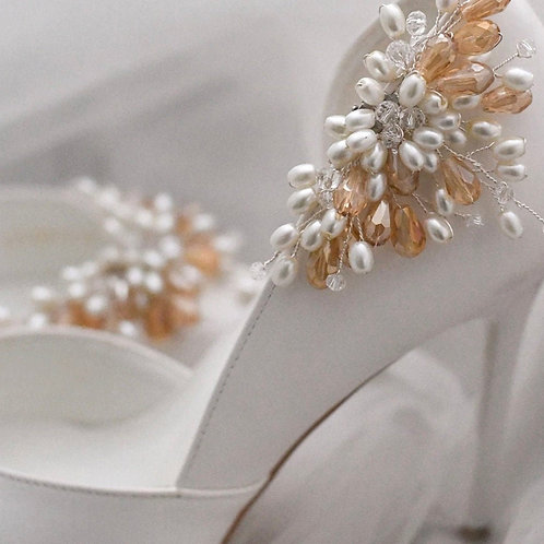 Beautiful Bridal Shoe Clips, Shoe Brooches, Shoe Buckles, Crystal & Pearl Spray