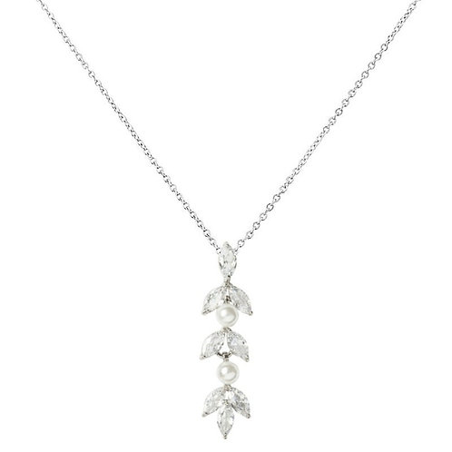 Dainty Pearl Necklace, Available in Silver or Rose Gold,  Wedding Jewellery, Bri