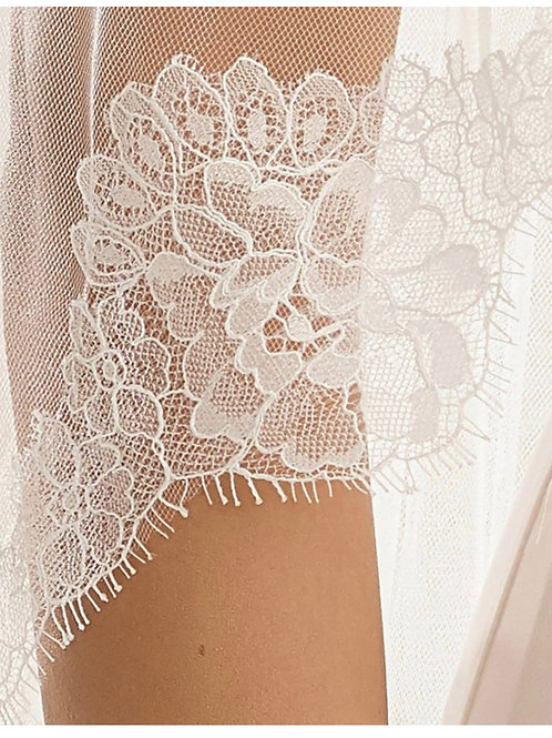 """79"""" French Lace Edge - Single Layer Soft Tulle Veil"""