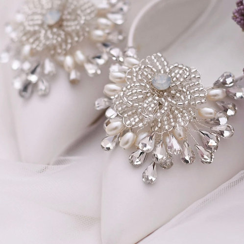 Beautiful Beaded Flower Bridal Shoe Clips, Shoe Brooches, Shoe Buckles, Crystal