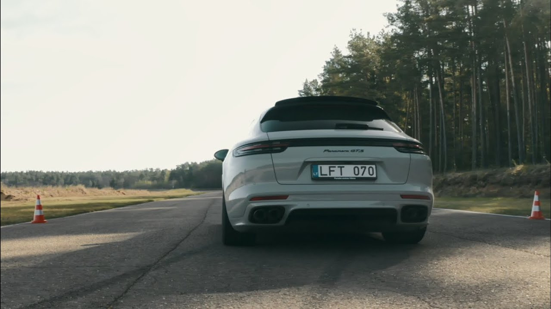 """""""Porsche"""" apžvalgos"""