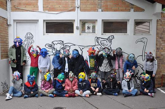 enfants masque.jpg