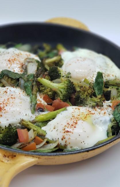Easy Egg & Veggie Skillet!