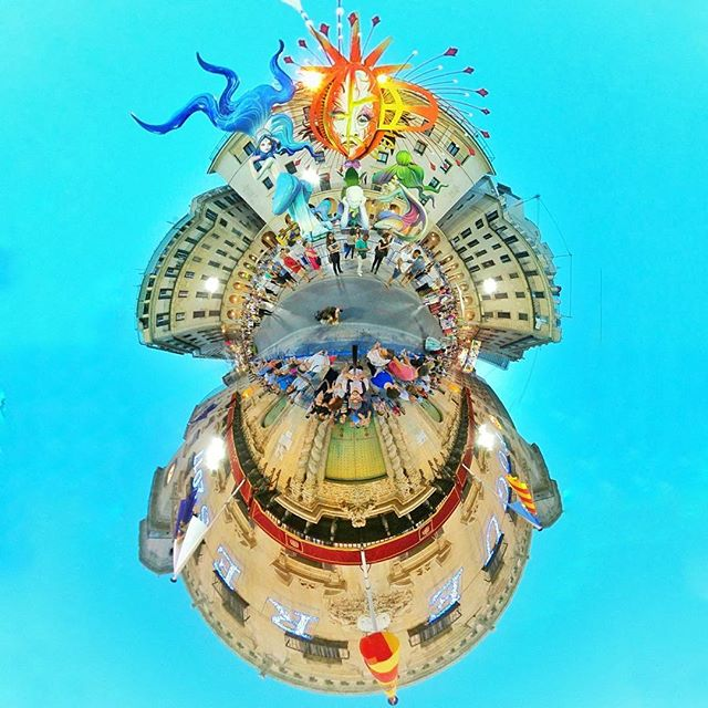 A duo of Alicante Tiny Planets