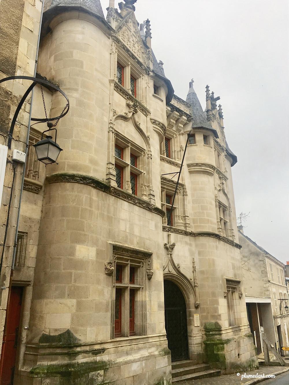 Hôtel Fumé, Poitiers, architecture médiévale, université de Poitiers