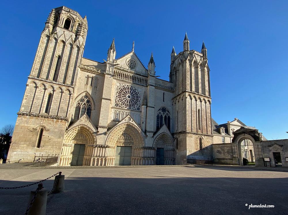 cathédrale Saint-Pierre, Poitiers, Architecture gothique, gothique angevin, Aliénor d'Aquitaine
