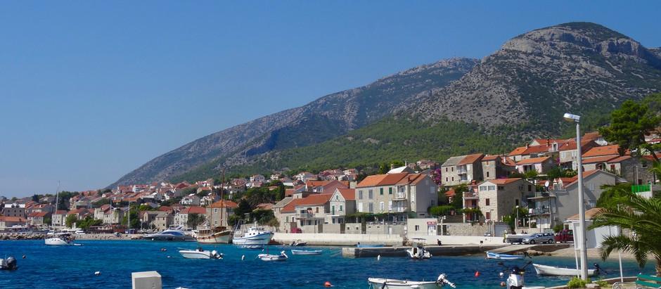 Escale à Bol : un peu de street art au bord de l'Adriatique