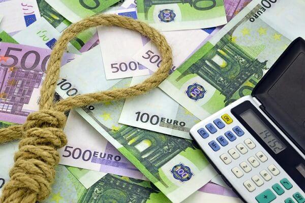 usura-bancaria-gi-484031597 jpg.jpg