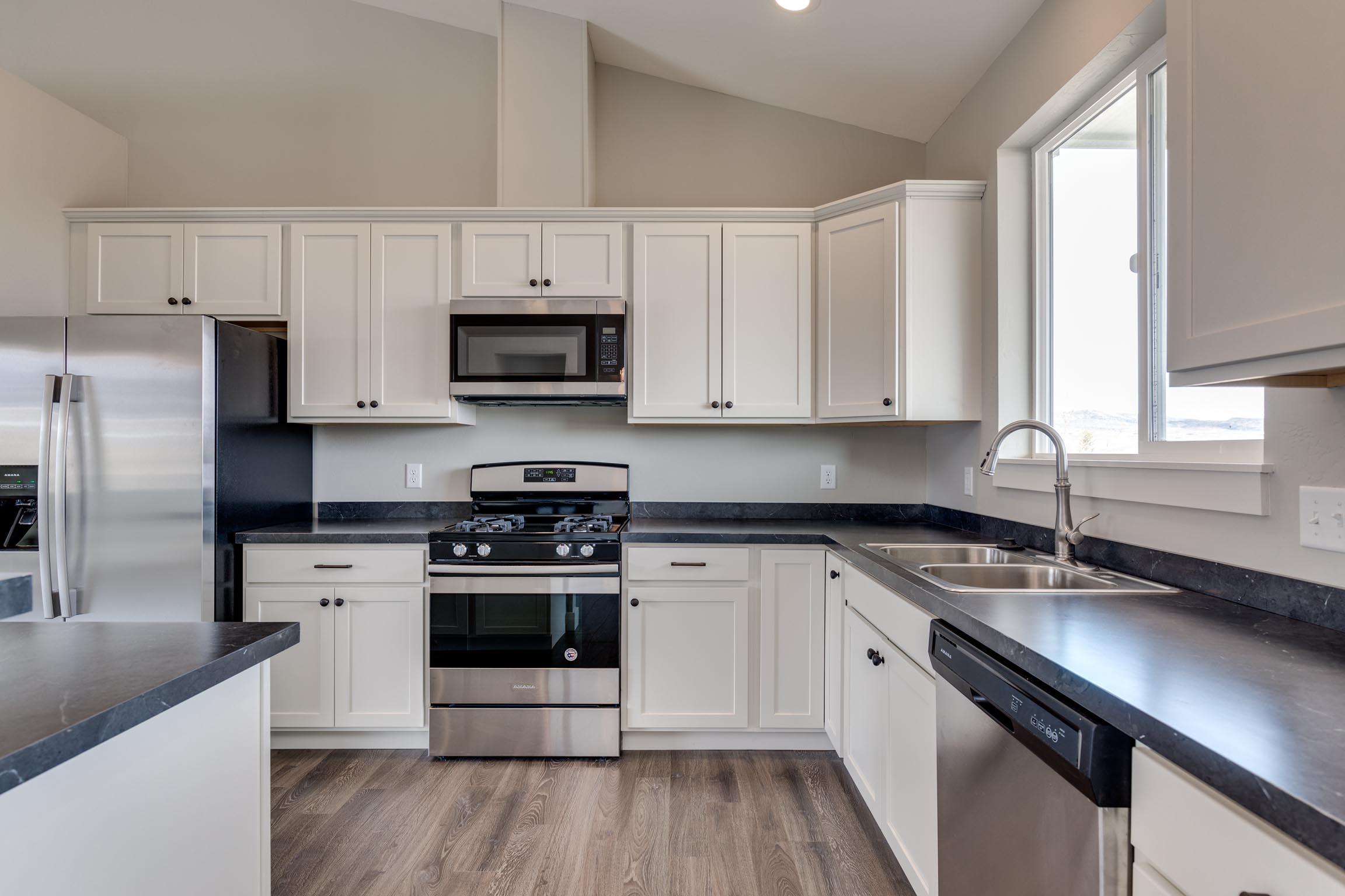 Discovery Vista - 2 Kitchen 2