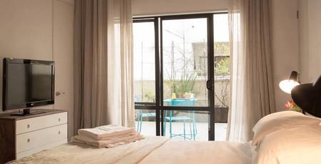 High St. NZ bedroom 2.jpg