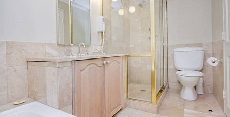 Milson's Point Bathroom.jpg