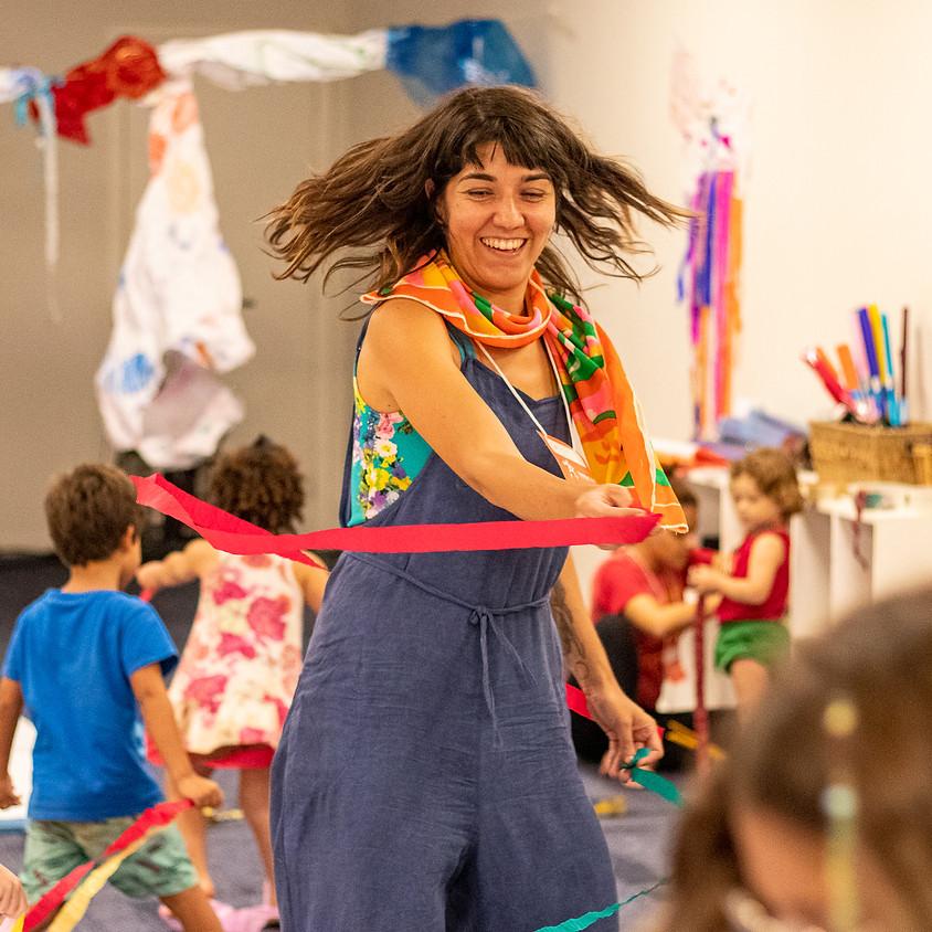 Yasmim e Jadde Flores   Vivência Desenho, Som e Movimento
