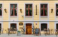 olhallen_fasade_closeup.jpg