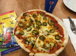 CAESAR'S PIZZA & PASTA BUFFET