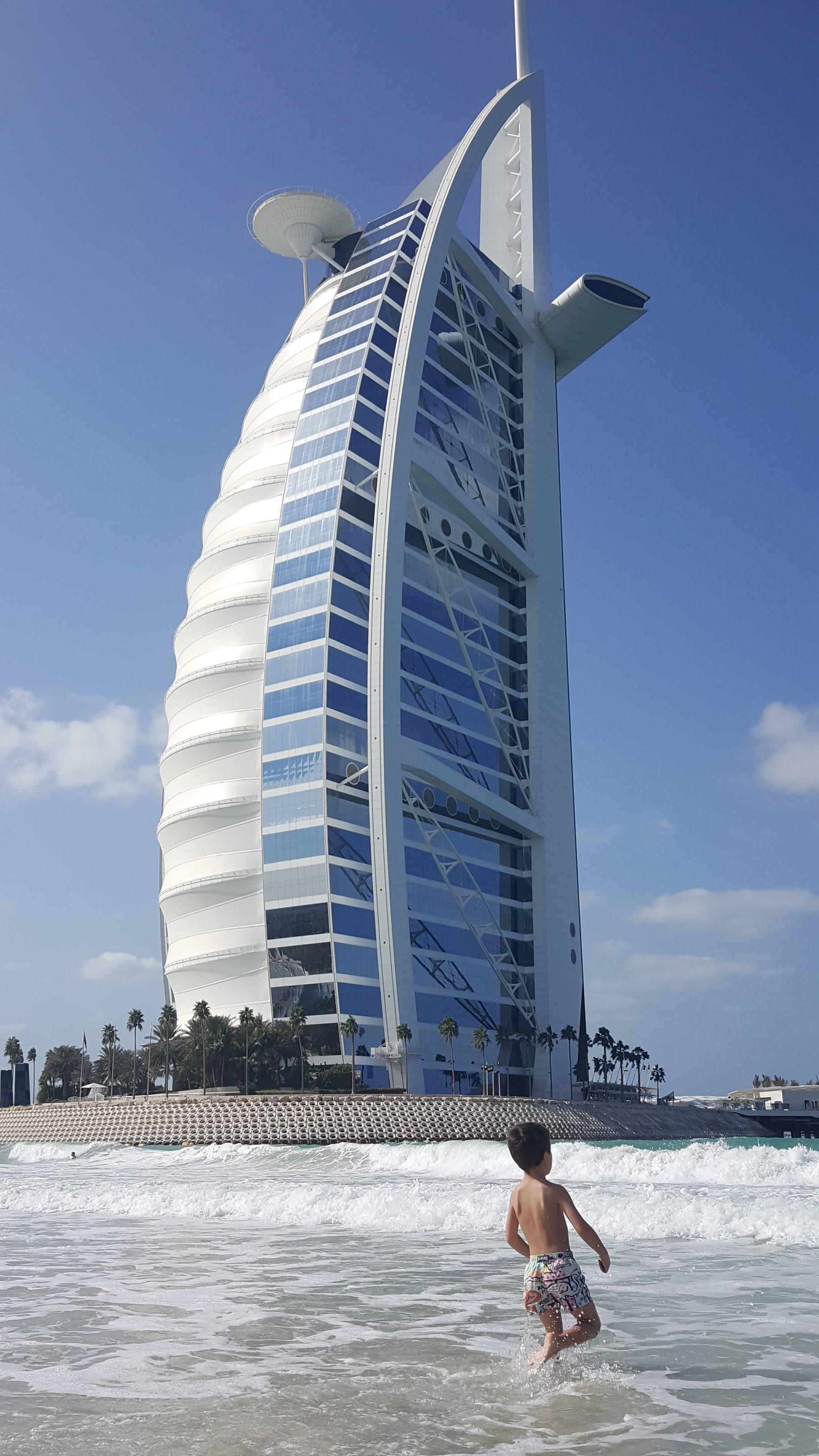 TI VOGLIO BENE FINO A DUBAI