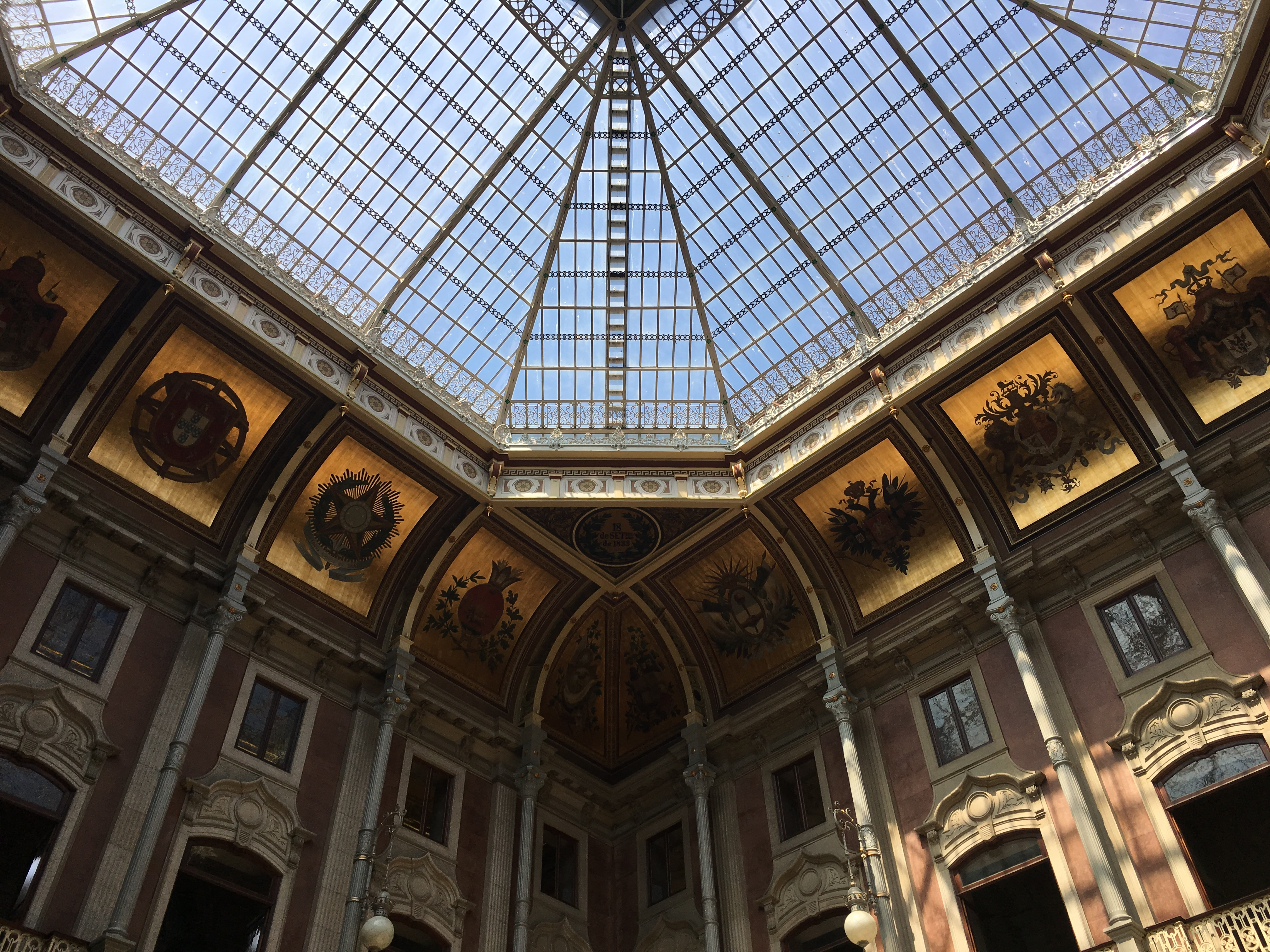Palazzo della borsa Porto