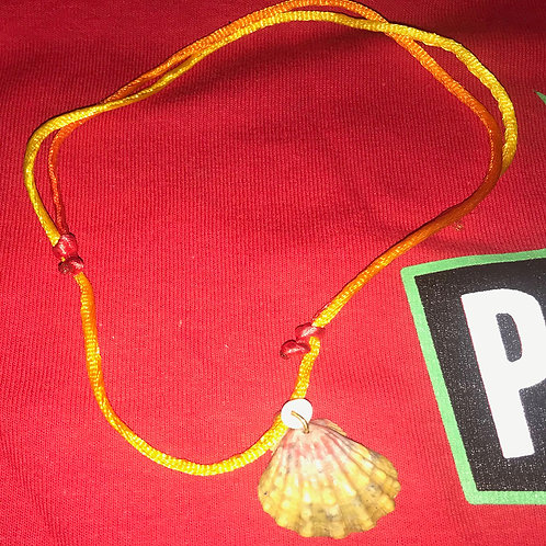 17 - Seashell Pendant with adjustable rope