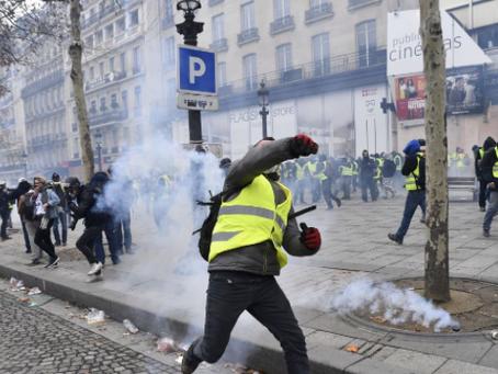 """""""Il est grand temps d'interdire les Flash-Ball et les grenades de désencerclement »"""
