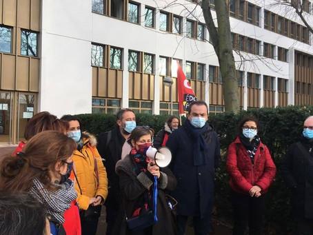 Soutien aux AESH mobilisé·e·s à Créteil !