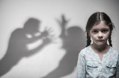 Violences conjugales : mon amendement pour protéger les femmes et les enfants a été adopté au Sénat!