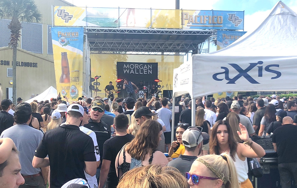Morgan Wallen played to a packed Plaza on the aXisPro Stage for the UCF Homecoming Game on ESPN.