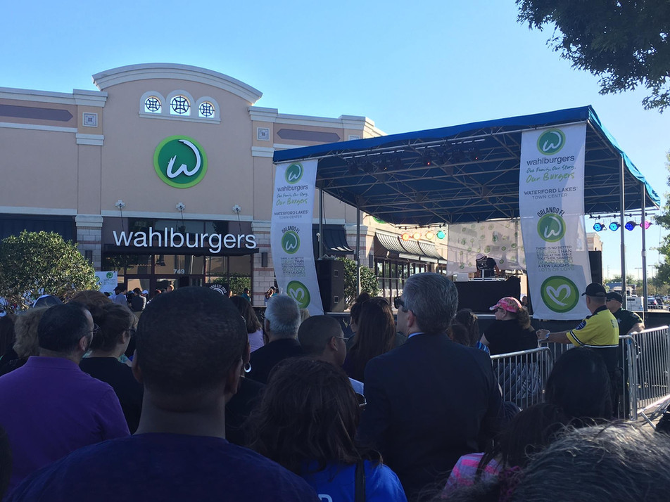 Mobile Stage: 24x16: Wahlburgers Waterford Lakes Grand Opening