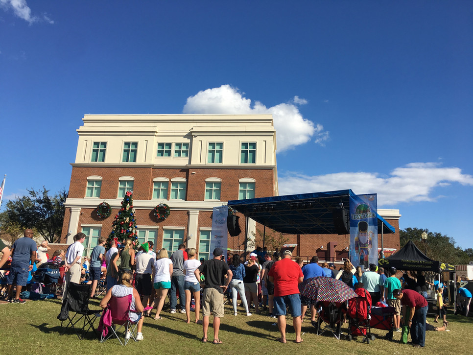 Mobile Stage: 24x16: City of Clermont