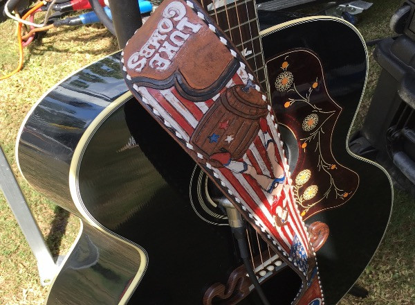 Luke Combs six string tuned and ready for the UCF Football Tailgate Series on the aXisPro SL100 Stage.