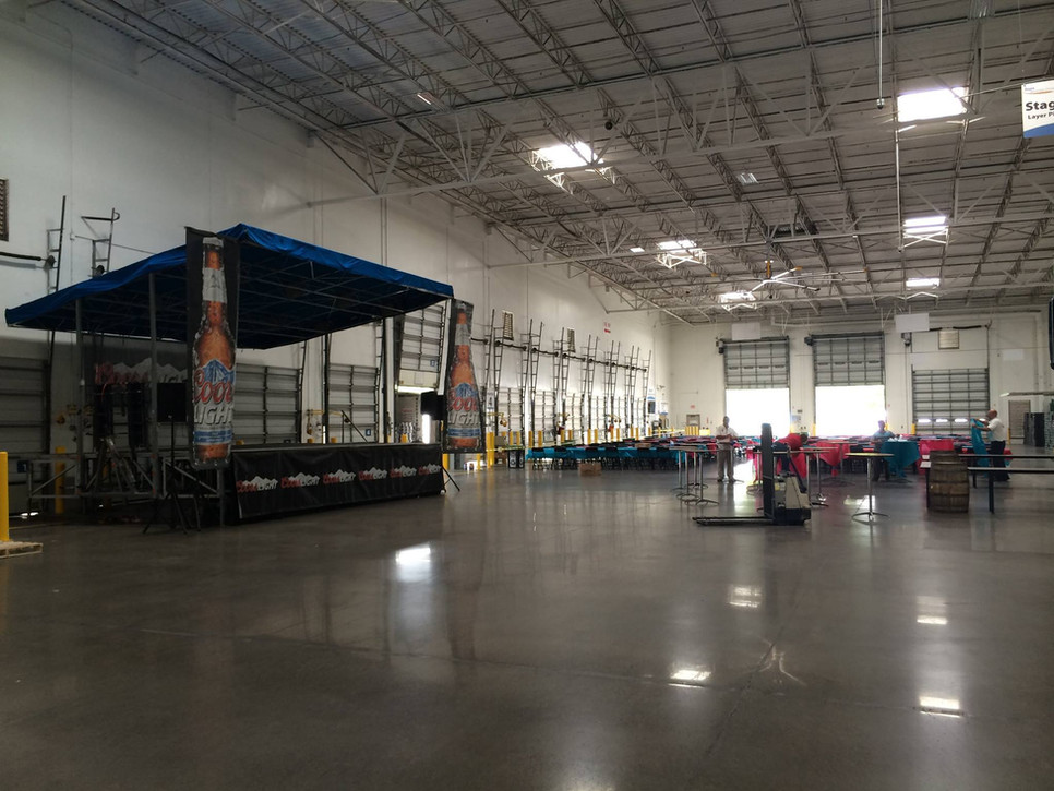 Mobile Stage: 24x16: Florida Distributing Company