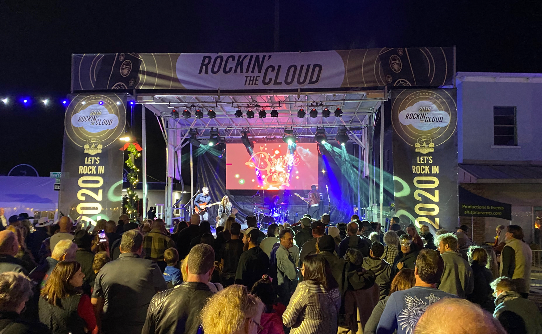 Mobile Stage: 24x20: Rockin the Cloud 2019