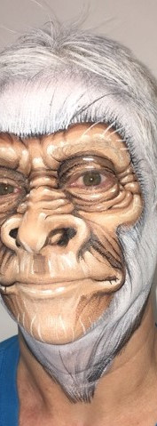 chimp_face_painting_dutch.jpg