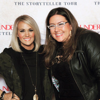 """Bethany and Carrie Underwood backstage at the Times Union Center during Carrie's """"Storyteller"""" tour 2016."""