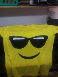 קניי של חולצות מודפסות