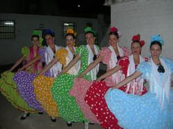 094-11-2007 Con las Faldas al Viento