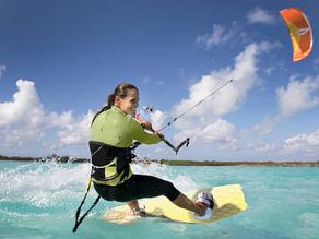 Nos 5 conseils pour débuter le kitesurf