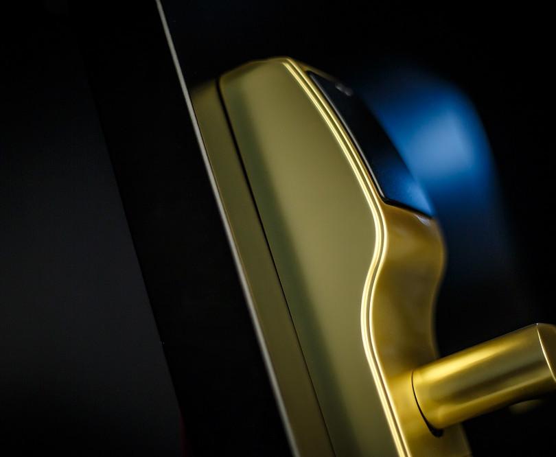 Trillium RFID SB Granada Art 7 Blue Ligh