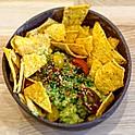 Guacamole and nachos