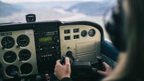 Les bandes audios d'un pilote qui observe un OVNI
