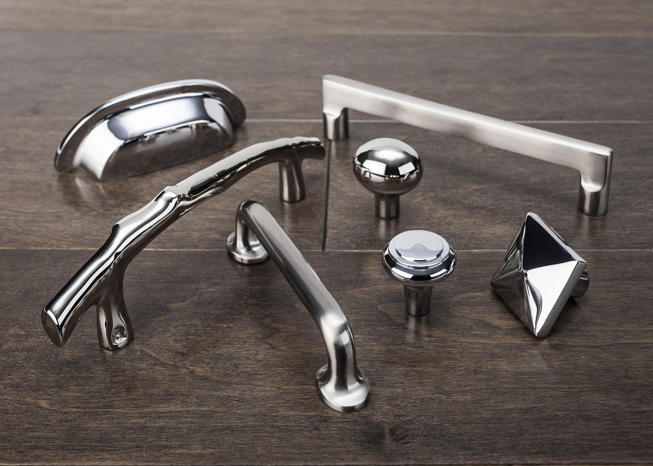 website picture top knobs.jpg