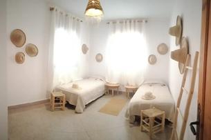 Chambre Twin avec salle de bain privée dans notre surf house à Tamraght